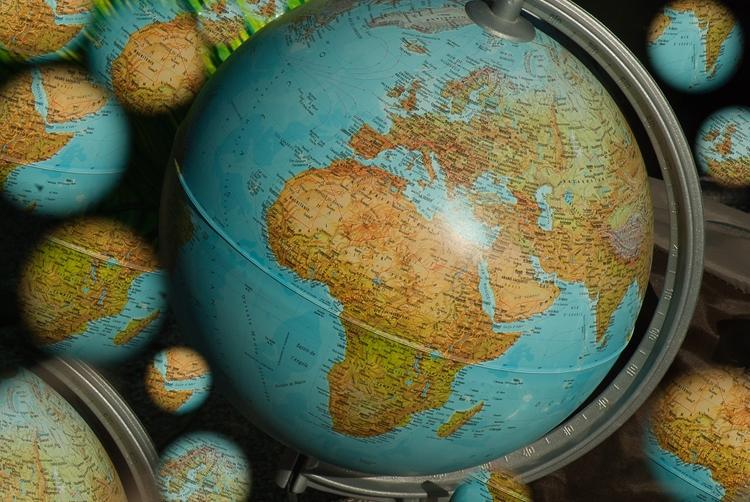 terrestrial-globe-1726401_1920